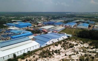 Nhiều nhà xưởng quy mô lớn xây dựng trái phép trên diện tích 72ha tại khu vực quy hoạch Cụm công nghiệp Phước Tân.